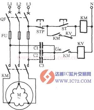 线圈串联,长期允许电压220v),调整动作电压可整定在20~25v;如电动机